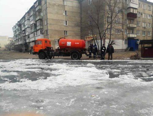 Порыв водопровода обнаружен в районе ул. Невской в Биробиджане