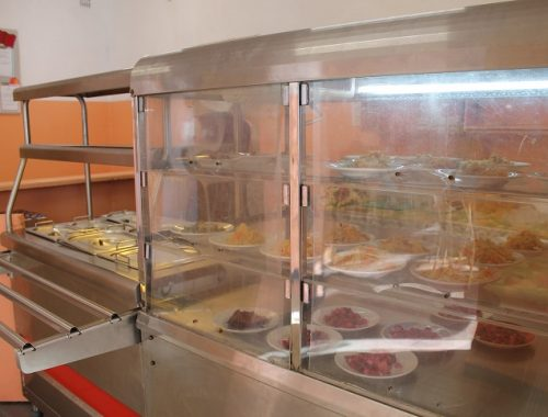 Школы в ЕАО отказываются от горячего питания для учеников из-за долгов