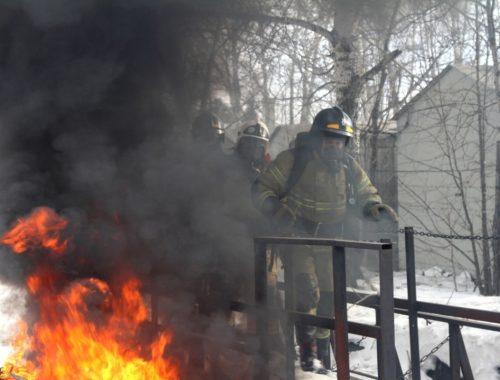 Тренировку в нечеловеческих условиях прошли биробиджанские спасатели
