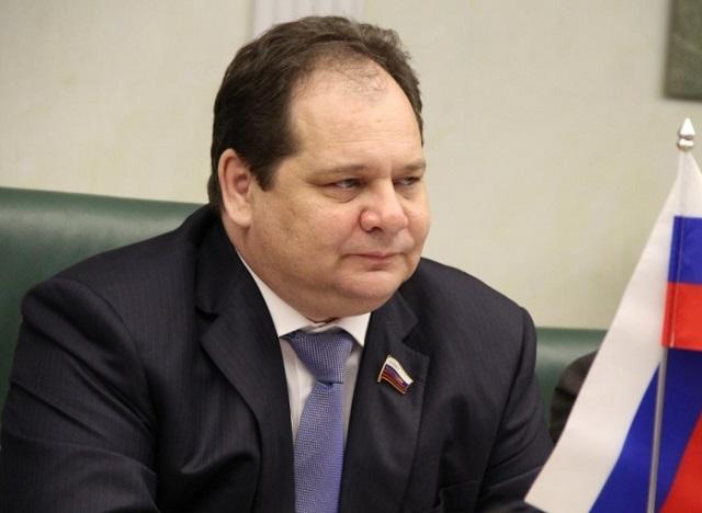 Приоткроет ли сенатор Ростислав Гольдштейн завесы тайны ухода мэра?