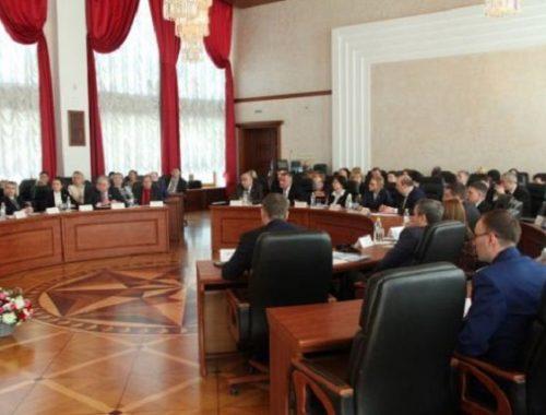 Депутаты ЕАО попросят чиновников приостановить работу пункта весового контроля