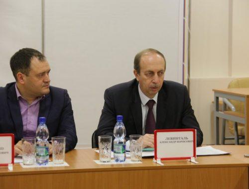 Губернатор ЕАО Александр Левинталь рассказал профсоюзным лидерам о позитивных результатах