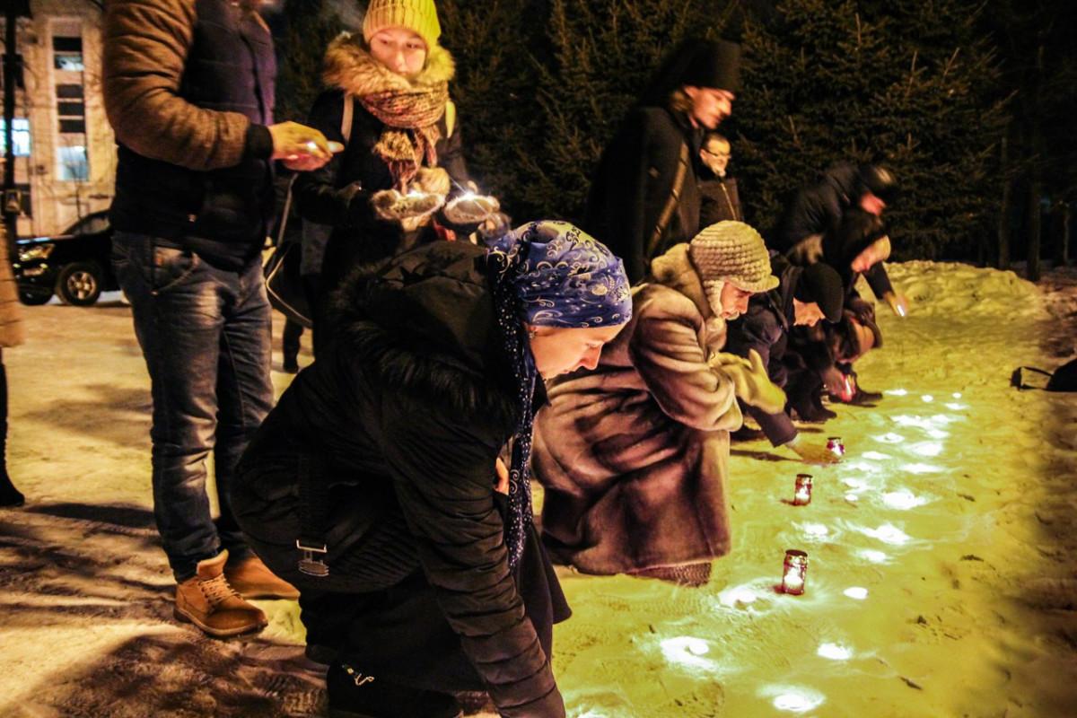 Биробиджанцы отдали дань памяти жертвам авиакатастрофы над Черным морем