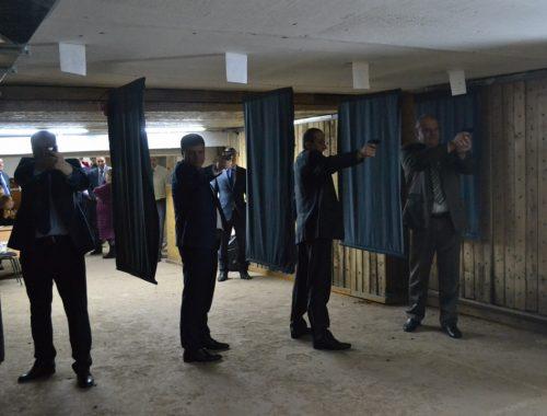 Сотрудники Следственного комитета ЕАО три дня соревновались в меткой стрельбе
