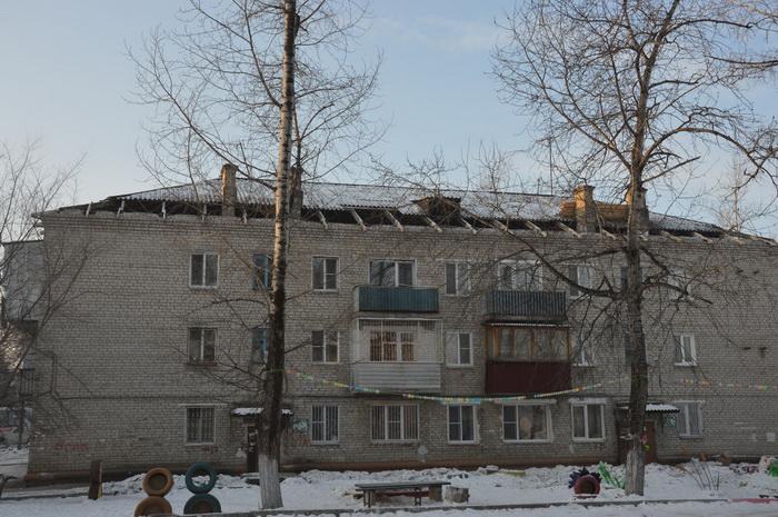 Капитальный ремонт обернулся «катастрофой»: уже полгода жители двух домов по Шолом-Алейхема живут без крыши