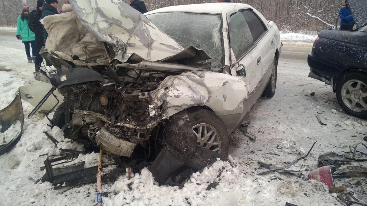 ДТП с летальным исходом: в лобовом столкновении автомобилей погибли два водителя