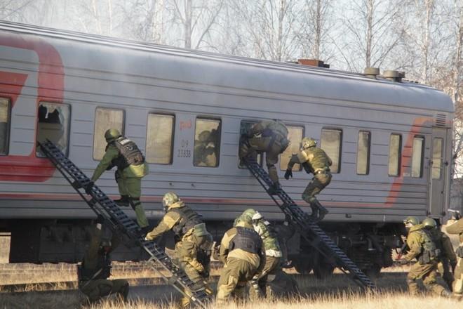 «Террористов», захвативших поезд, обезвредили силовики ЕАО и Приамурья