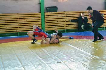 Завершился открытый турнир по вольной борьбе в Биробиджанском районе