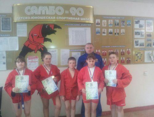 Шесть медалей привезли юные самбисты ЕАО из Хабаровска