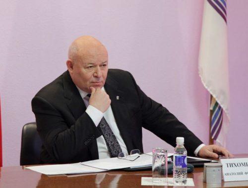 Анатолий Тихомиров: Пусть медленно, но страна развивается