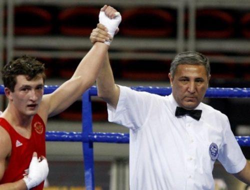 Биробиджанский боксер Дмитрий Нестеров стал бронзовым призером чемпионата в Румынии