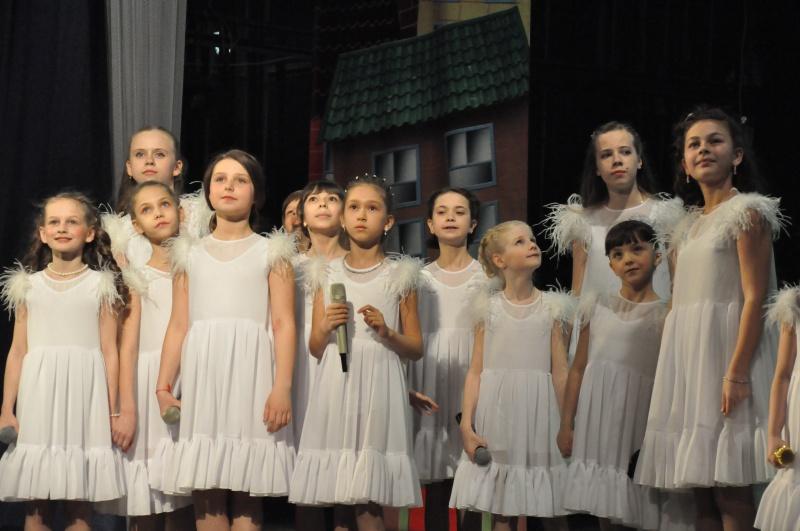 Отчетный концерт биробиджанского ансамбля «Агада» прошел в ГДК