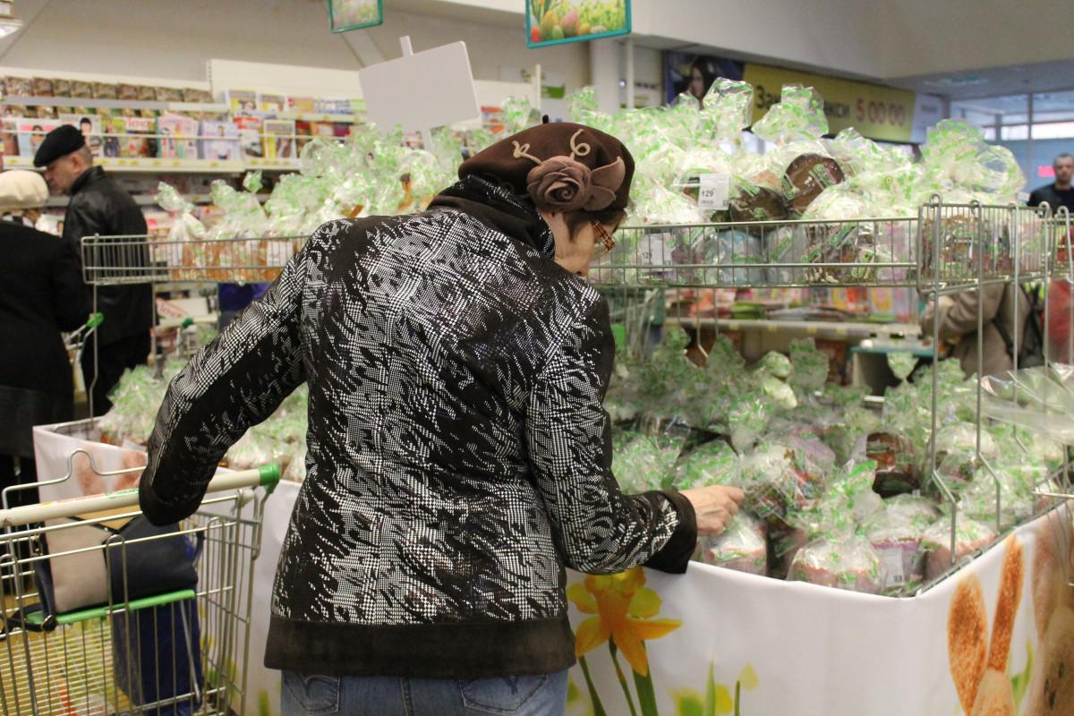 Биробиджанские магазины ломятся от пасхальных товаров