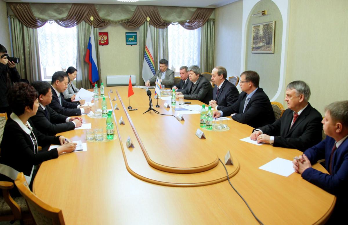 Губернатор ЕАО Александр Левинталь не впечатлил китайскую делегацию разговорами о большом потенциале автономии