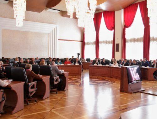 Идею о досрочном прекращении полномочий депутата за неисполнение им обязанностей поддержали парламентарии ЕАО