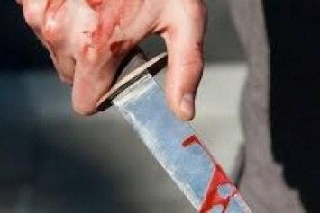 Три ножевых ранения простила биробиджанцу его сожительница