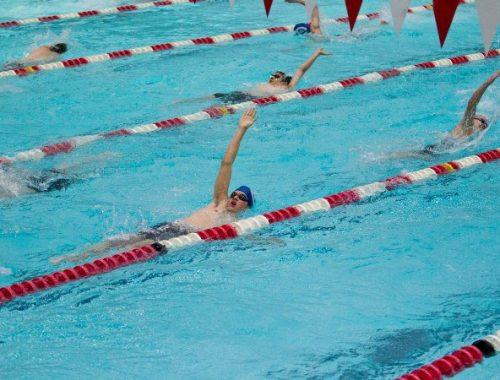 33 медали привезли юные пловцы из ЕАО с соревнований в Благовещенске