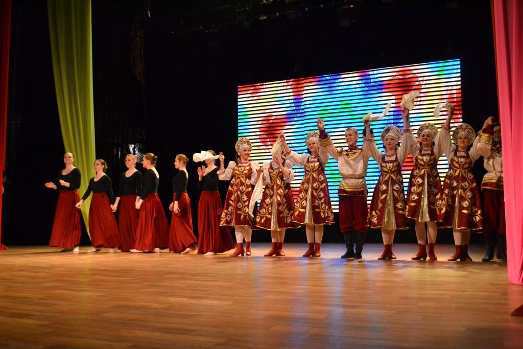 Студенты из творческих студий ПГУ провели отчётный концерт на сцене городского дворца культуры