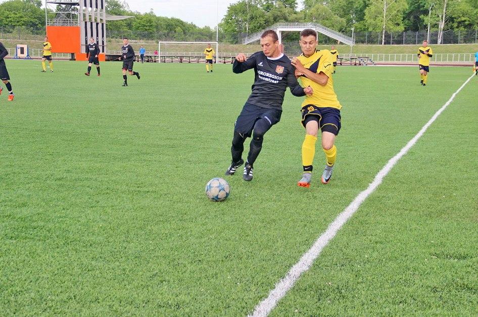 В Биробиджане прошли первые матчи чемпионата ЕАО по футболу