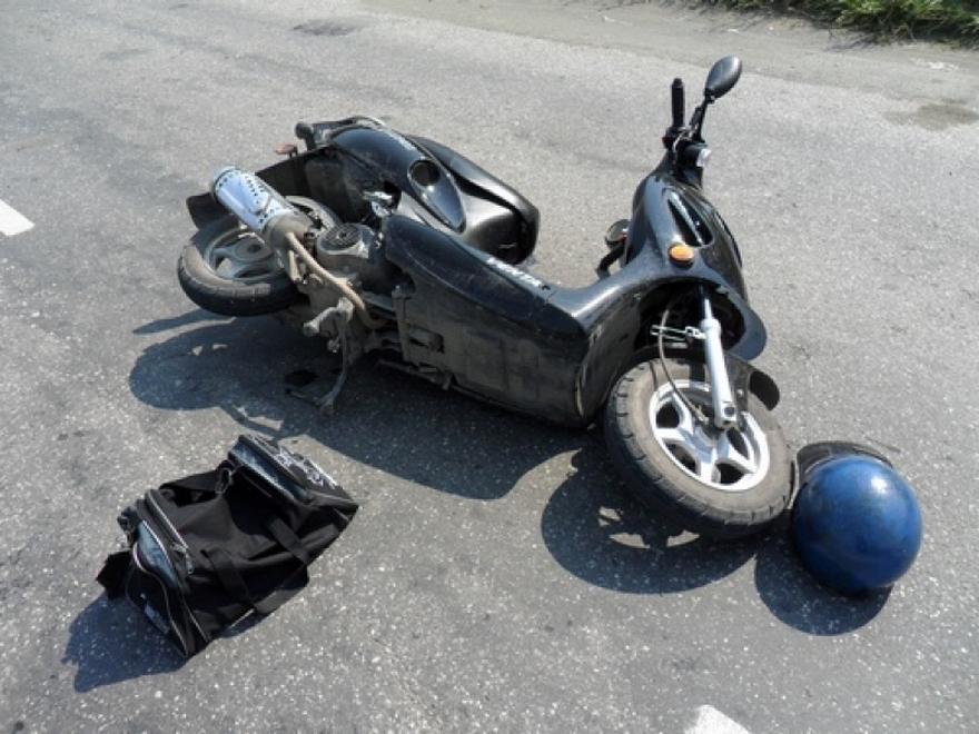 Мопедист без прав пострадал в ДТП в Облученском районе