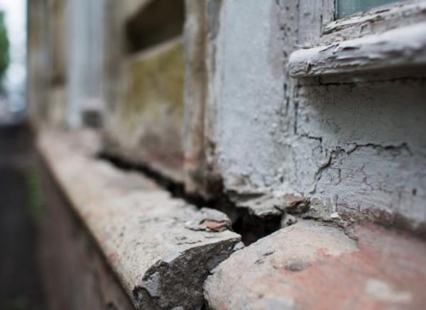 В ЕАО программа по переселению граждан из ветхого и аварийного жилья выполняется на «троечку»