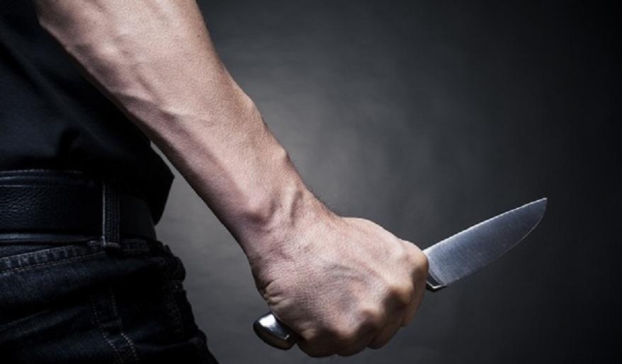 Жуткое преступление в Биробиджане: школьник чуть было не зарезал проходящую мимо женщину
