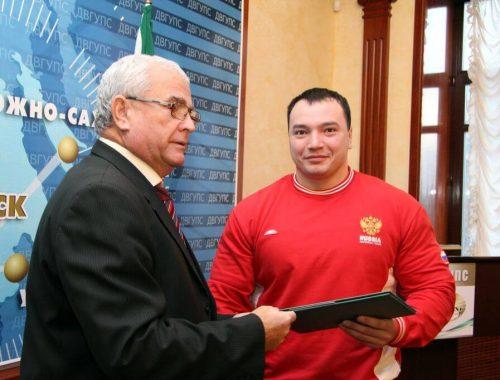 В Хабаровске убит чемпион мира и Европы по пауэрлифтингу