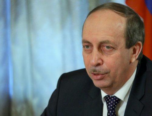 В правительстве ЕАО не видят предпосылок для скорой отставки губернатора Левинталя
