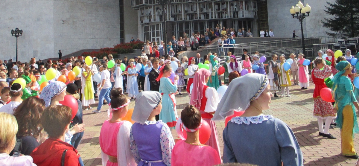 Торжественное открытие фестиваля еврейской культуры и искусства ознаменовалось праздничной концертной программой