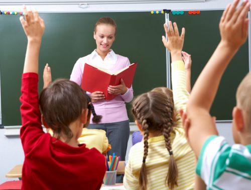 Министр образования РФ: Нехватка учителей в стране составляет всего 1%