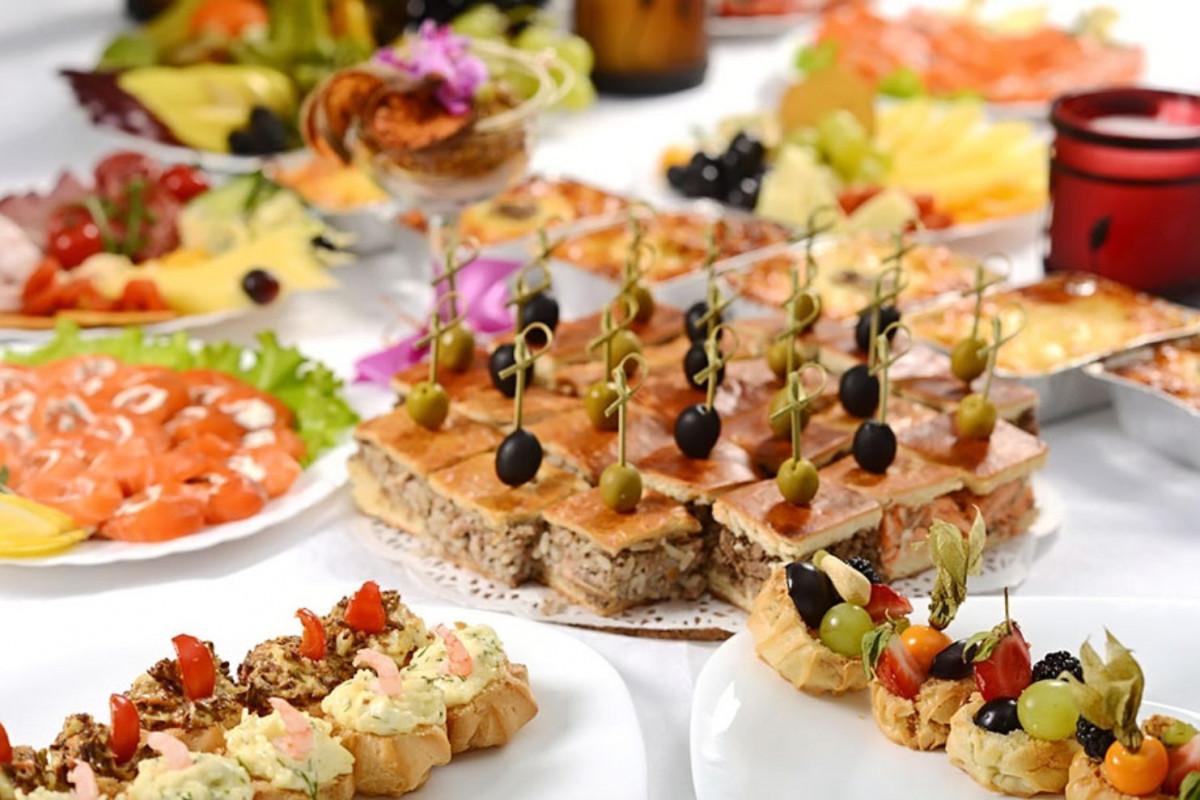 «Бедные» чиновники едят исключительно в дорогих ресторанах
