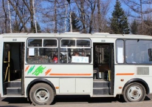 Пассажирка выпала из салона автобуса в Биробиджане