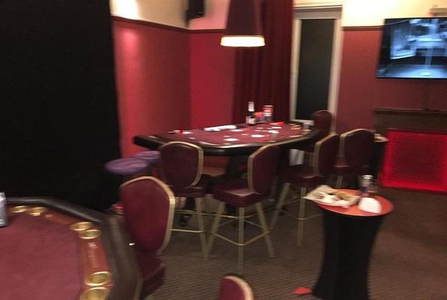 Высокопоставленных сотрудников УМВД «накрыли» в подпольном казино в Хабаровске