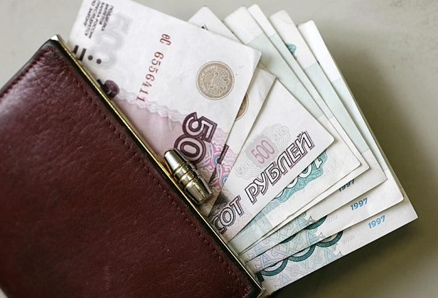 Врачам и учителям увеличат стимулирующие выплаты в ДФО