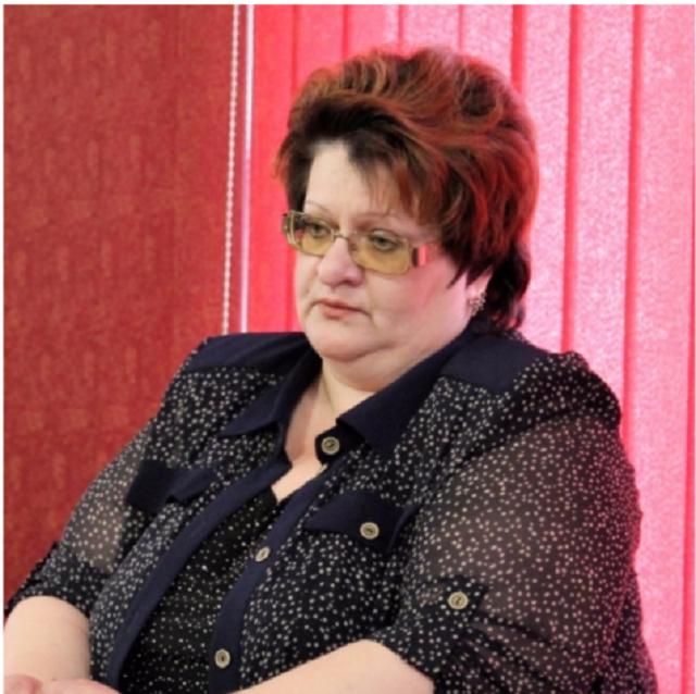 Председатель комитета образования ЕАО заплатит штраф в размере 90 тысяч рублей
