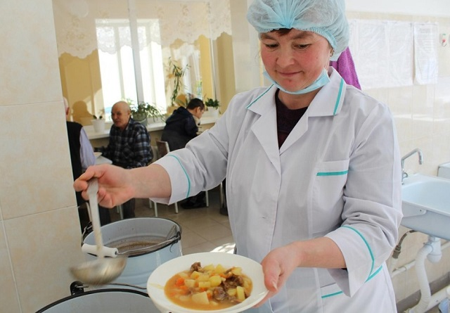В ЕАО взялись за социальное питание