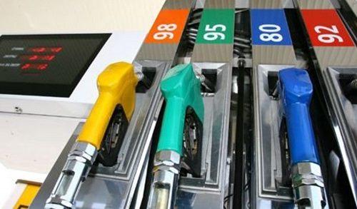 На рубль за неделю вырос литр бензина в Биробиджане