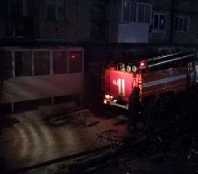 Курение в подвале привело к возгоранию в многоквартирном доме п. Теплоозерск
