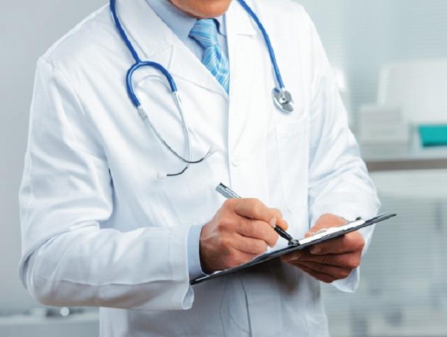 Более двух лет лже-врач принимал пациентов в больницах ЕАО и Хабаровского края