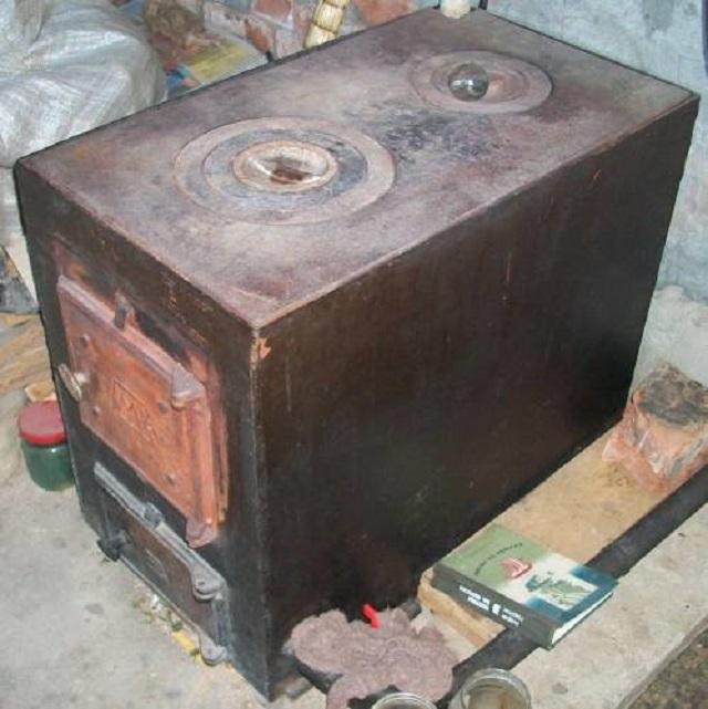 Чугунную печную плиту украл житель ЕАО у своей знакомой