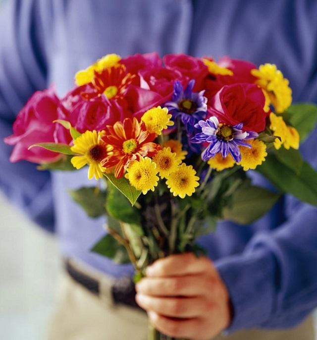 Роспотребнадзор: как выбрать качественный подарок к празднику 8 марта