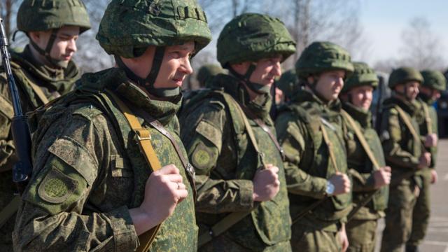 Российских запасников вновь призовут на военные сборы