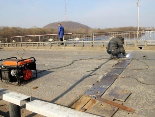 Стала известна дата закрытия на ремонт старого моста через р. Бира