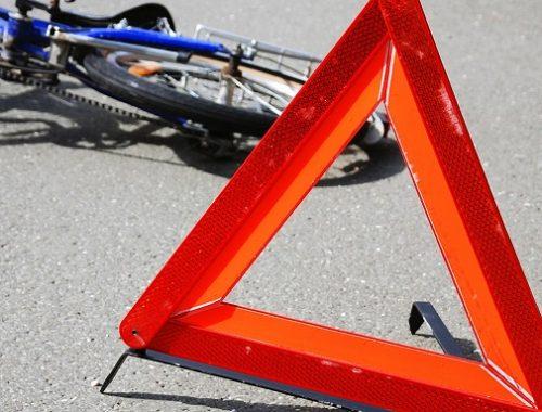В Биробиджане велосипедист наехал на ребенка и скрылся в неизвестном направлении