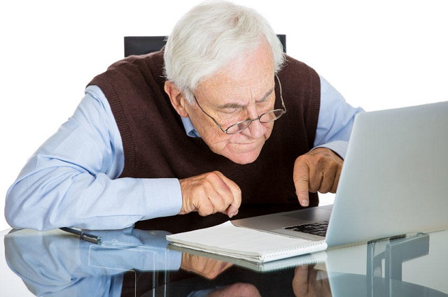 Роструд проверит предприятия на предмет сокращения людей предпенсионного возраста