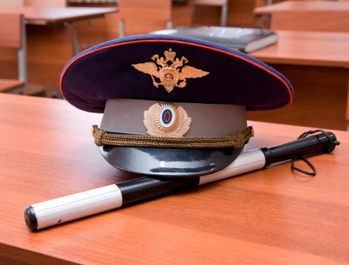 Осужден сотрудник ГИБДД, передававший служебную информацию преступникам