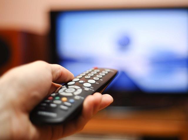 Госдума одобрила законопроект об увеличении рекламы на ТВ