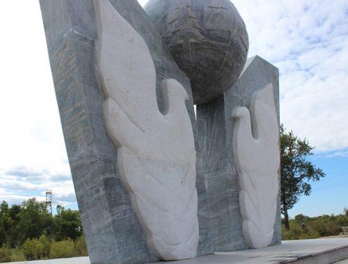 На продолжение строительства площади Ичуня выделят почти миллион рублей