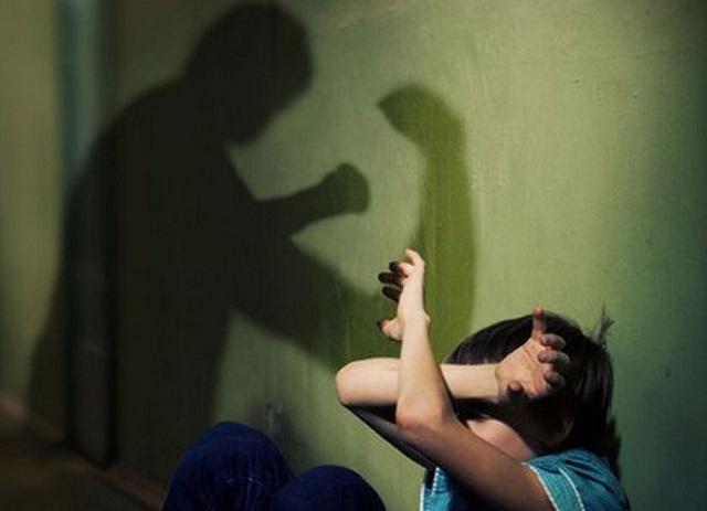 «Не давал дышать»: жителя ЕАО осудили за методы «воспитания» детей