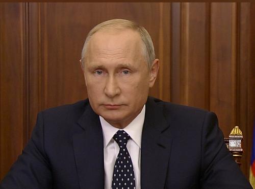Оценить потребность ДФО в дополнительной рабочей силе поручил Путин главам регионов